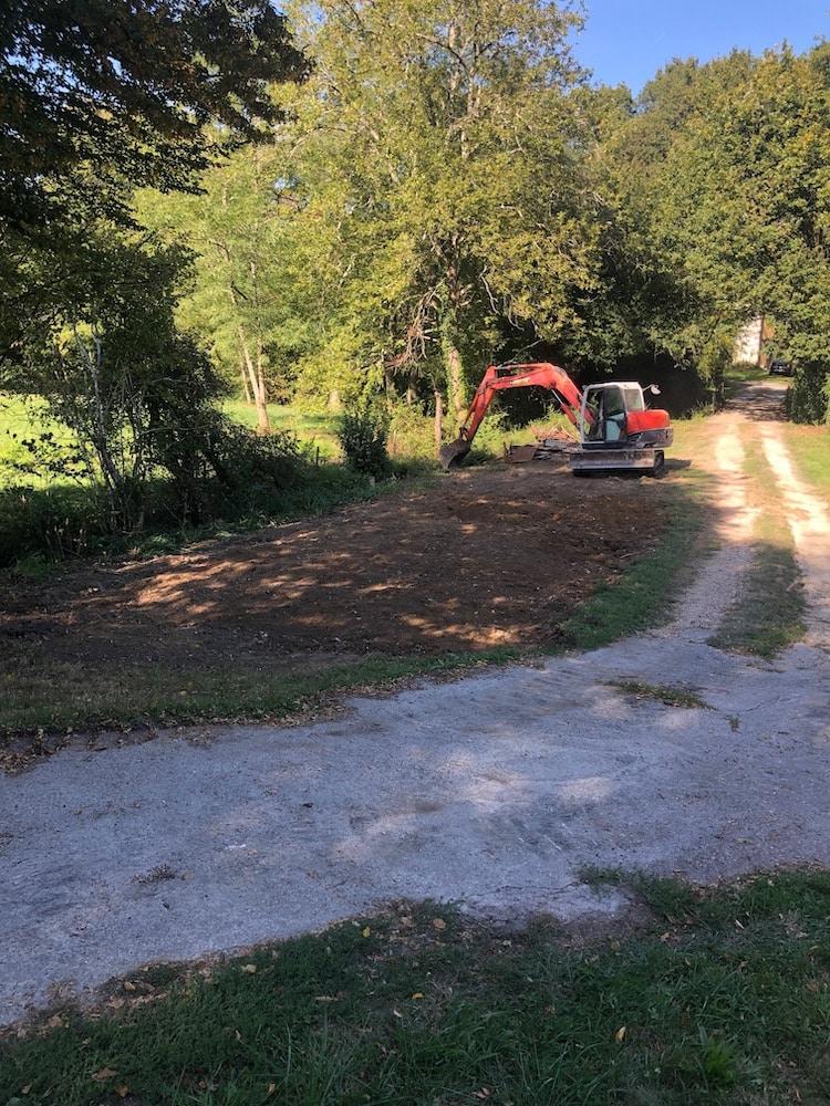 Demolition dune Grange a Lignan de Bordeaux 4